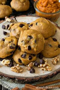 pumpkin-chocolate-chip-cookies